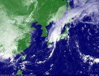2013年9月4日12時JST ひまわり7号可視画像