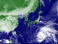2013年9月23日12時JST ひまわり7号可視画像