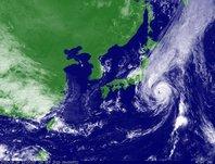 2013年9月26日12時JST ひまわり7号可視画像