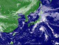2013年10月01日12時JST ひまわり7号可視画像