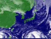 2013年10月13日12時JST ひまわり7号可視画像