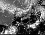 ひまわり7号可視画像・天気図合成 2014年7月22日12時JST