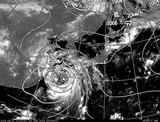 ひまわり7号可視画像・天気図合成 2014年8月1日12時JST