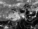 ひまわり7号可視画像・天気図合成 2014年8月2日12時JST