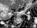 ひまわり7号可視画像・天気図合成 2014年8月8日12時JST