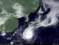 ひまわり7号可視画像 2014年10月4日12時JST